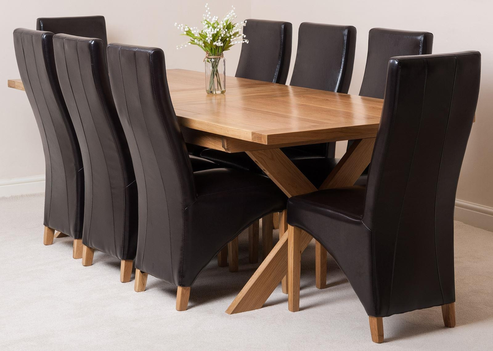 Admirable Vermont Extending Oak Dining Table With 6 Black Lola Dining Customarchery Wood Chair Design Ideas Customarcherynet