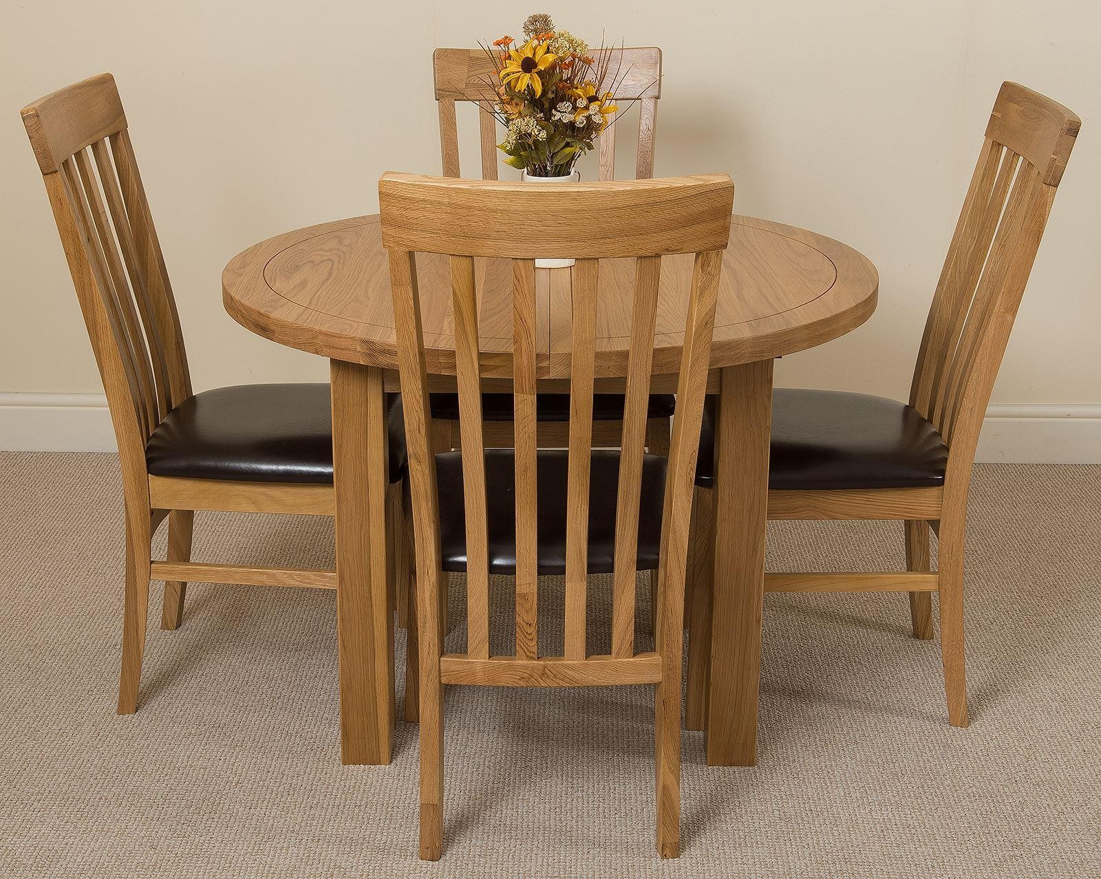 Edmonton Solid Oak Extending Oval Dining Table With 4