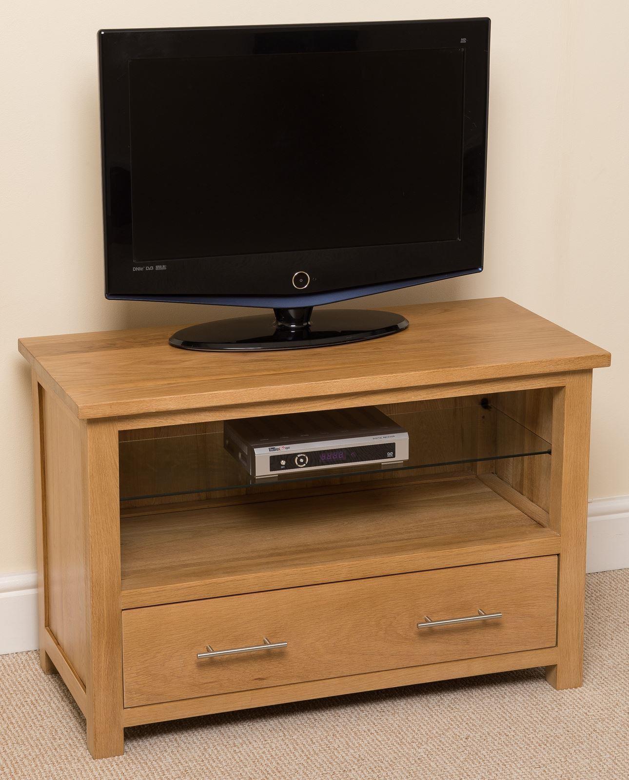 oslo solid oak tv cabinet small modern furniture direct. Black Bedroom Furniture Sets. Home Design Ideas