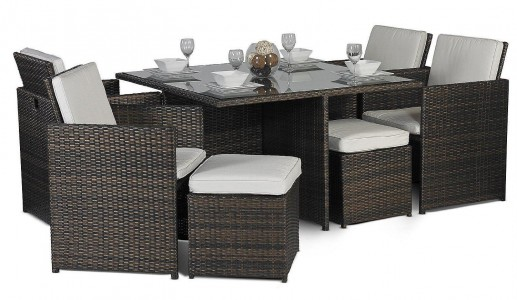 Side of Giardino Rattan Garden Furniture [4 Seat Cube Dining Set Plus Umbrella]